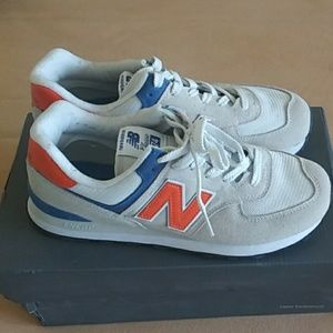 SHOES NEW BALANCE.
